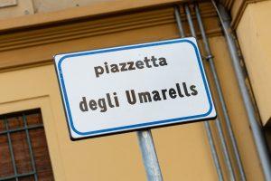Piazza degli Umarells a Bologna